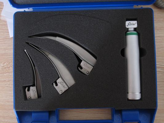 Sirius(塞瑞斯)内嵌式光纤喉镜